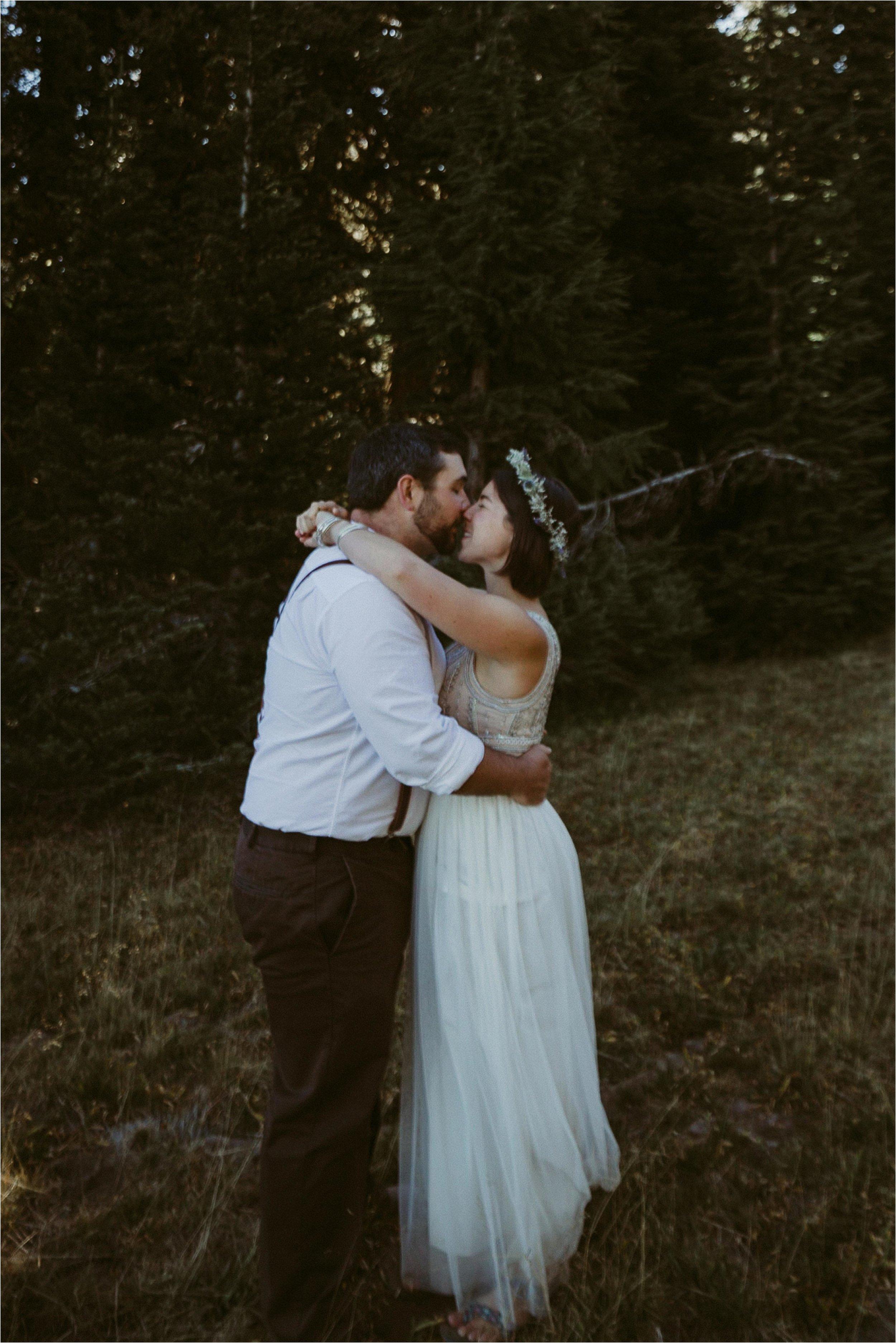 intimate-moutain-top-wedding_0011.jpg