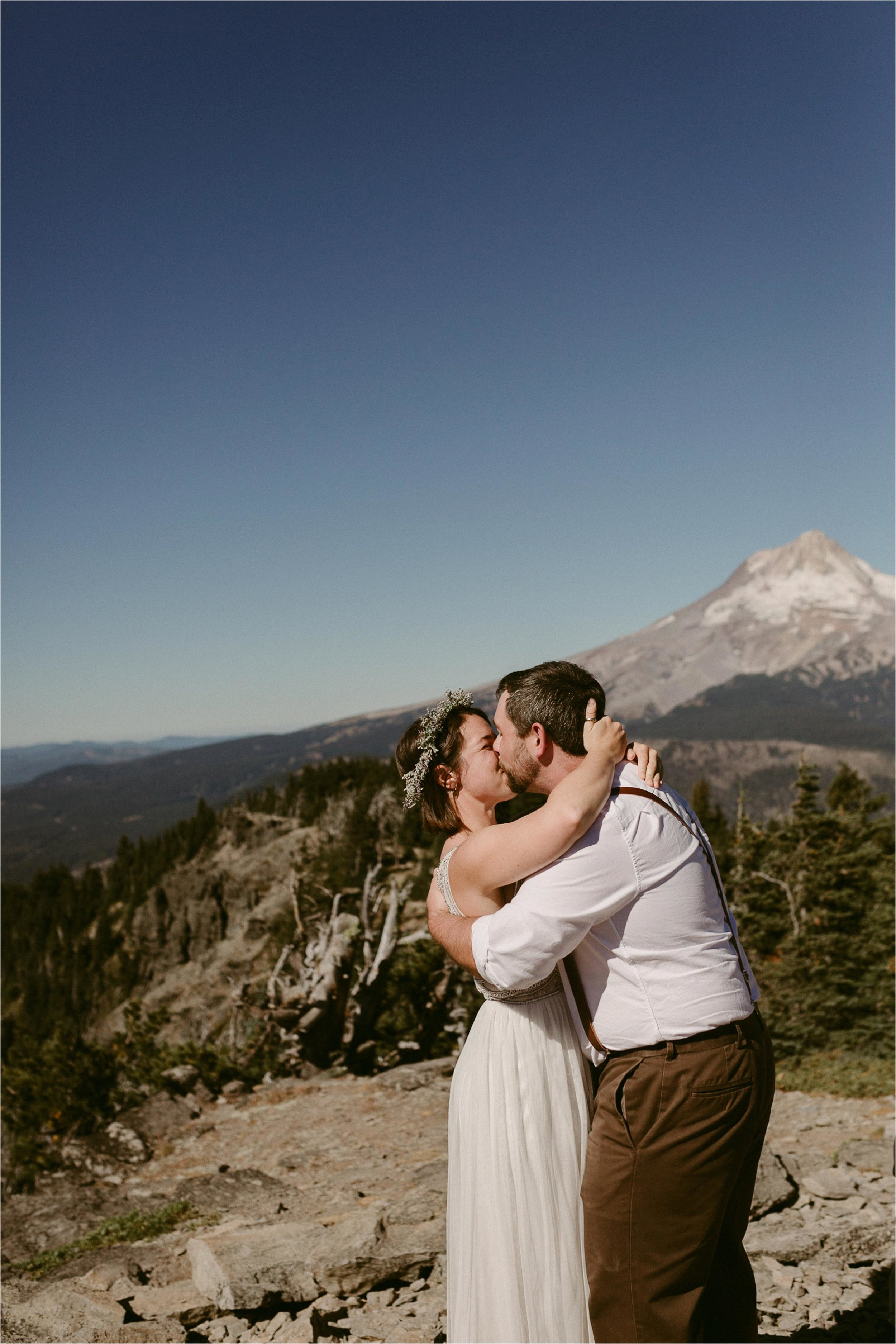 intimate-moutain-top-wedding_0024.jpg