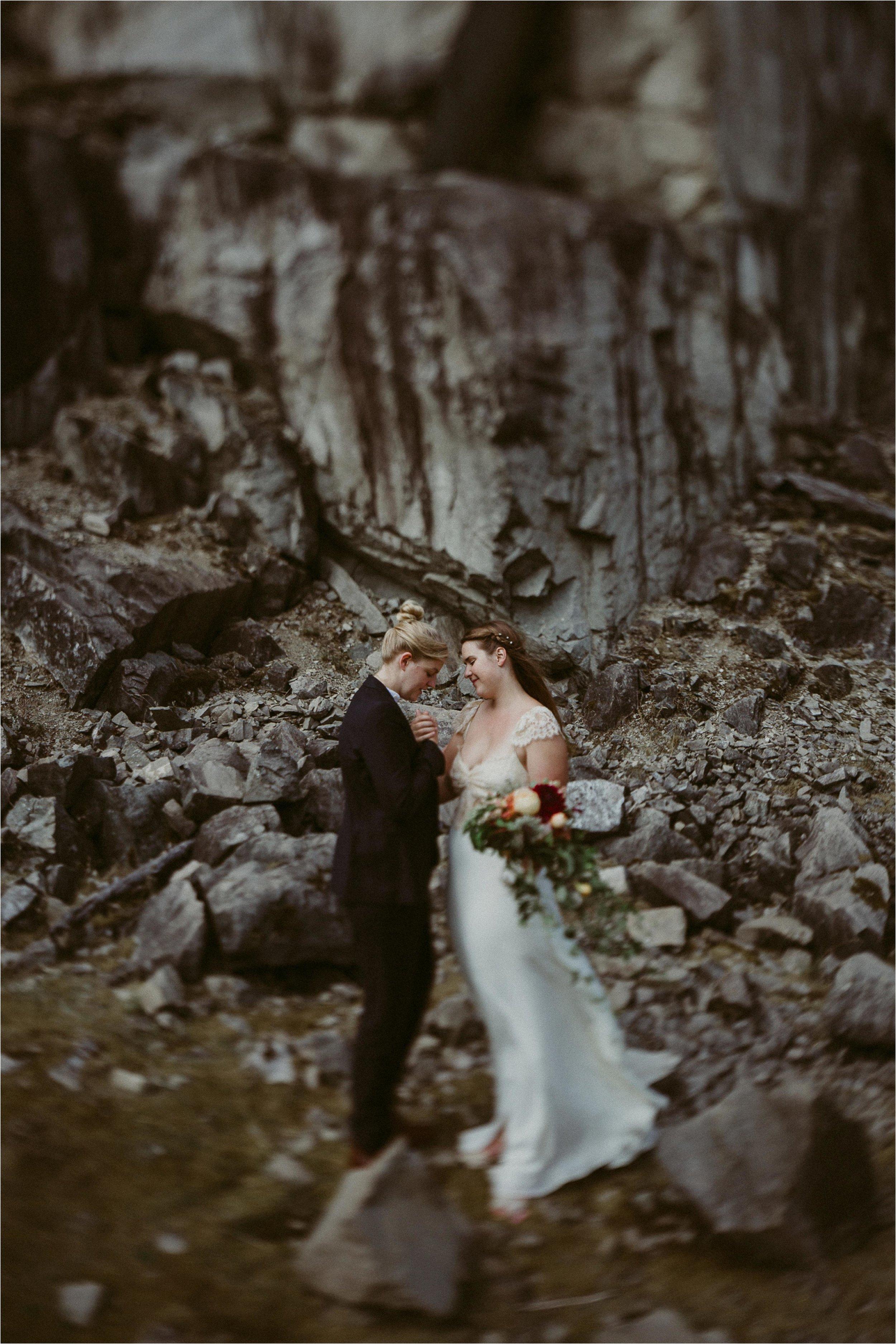 columbia-river-gorge-elopement-102.jpg