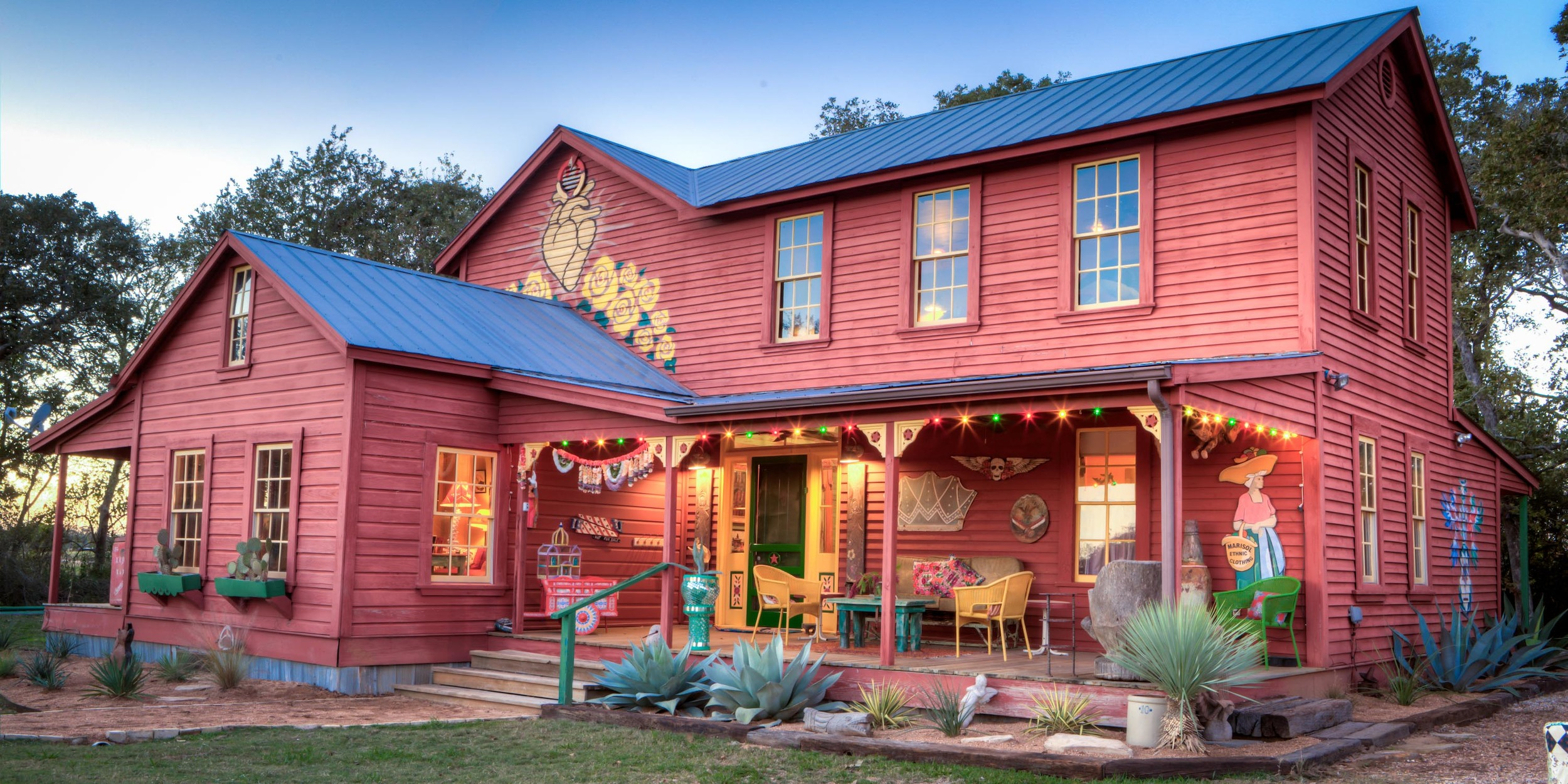 Red House EXT 2 HDR 1.jpg