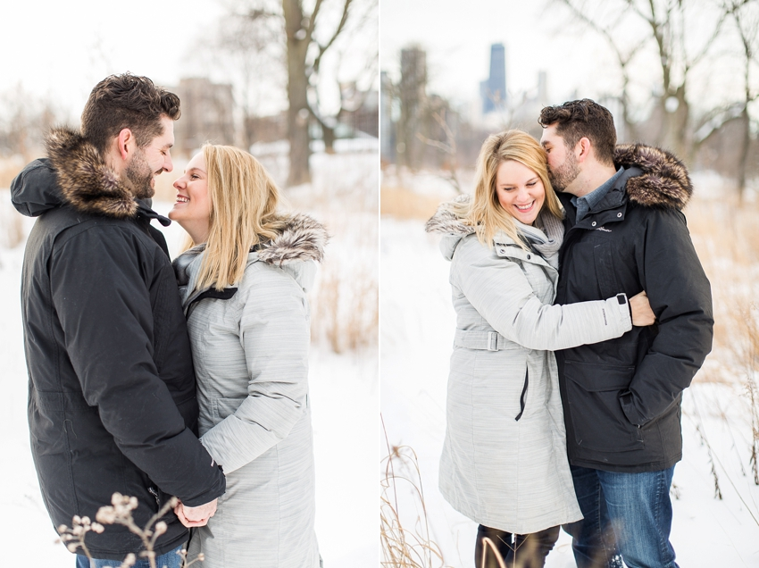 winterlincolnparkengagement-11.jpg