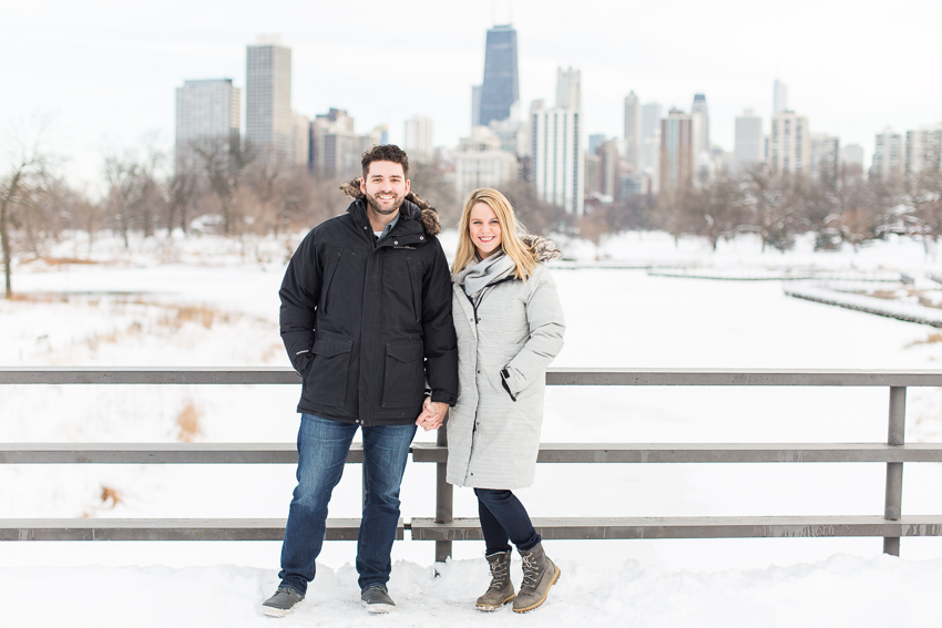 winterlincolnparkengagement-6.jpg