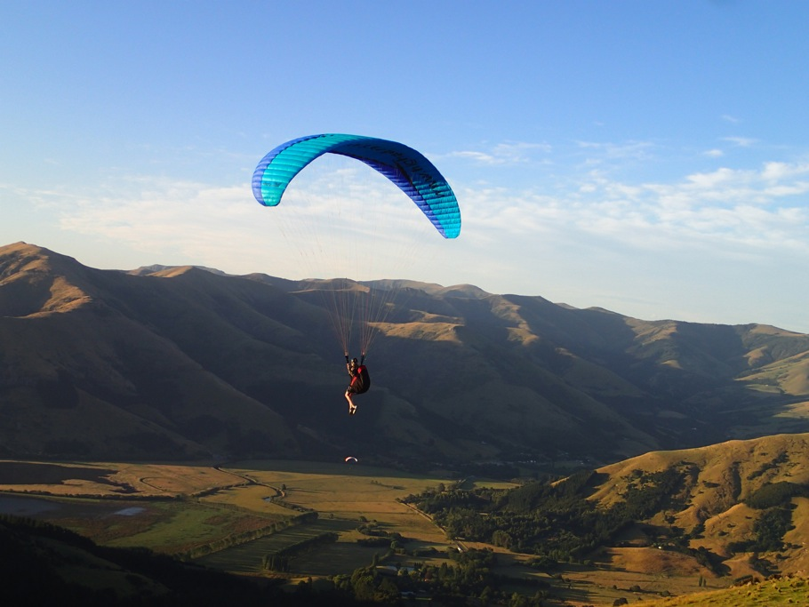 Caroline Pemberton - Paragliding NZ