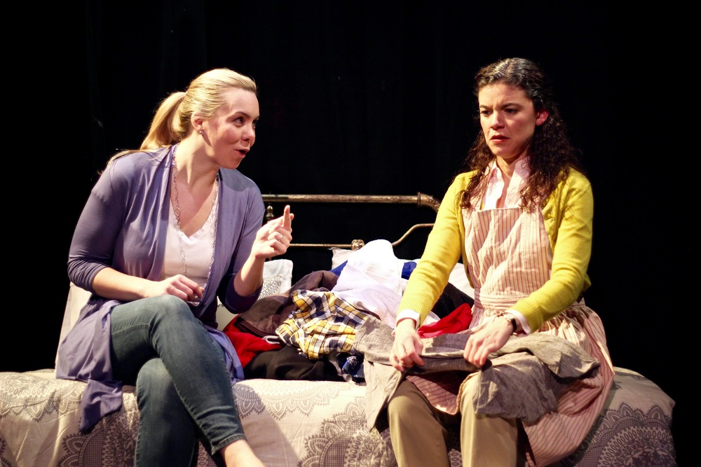 Gillian Mackay-Smith as Carson and Margarita Martinez as Adelina