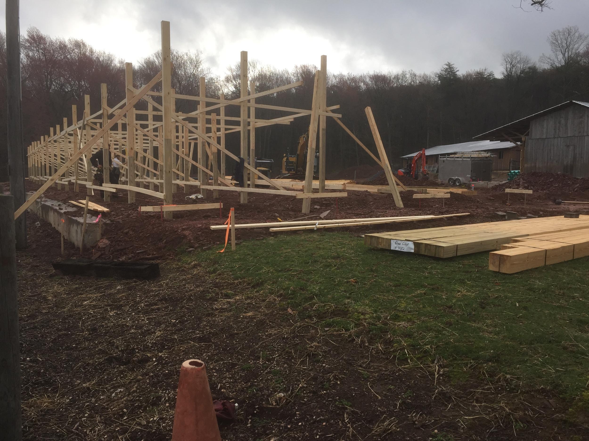 BuildingTheBarn95.JPG
