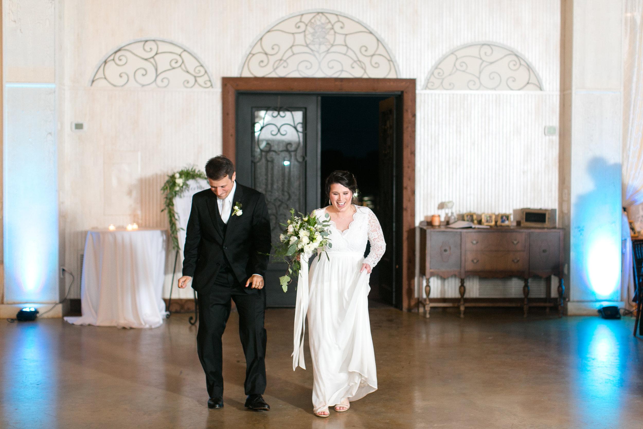 Austin_Texas_Fine_Art_Wedding_Photographer_Kayla_Snell_Photography_Antebellum_Oaks590.jpg
