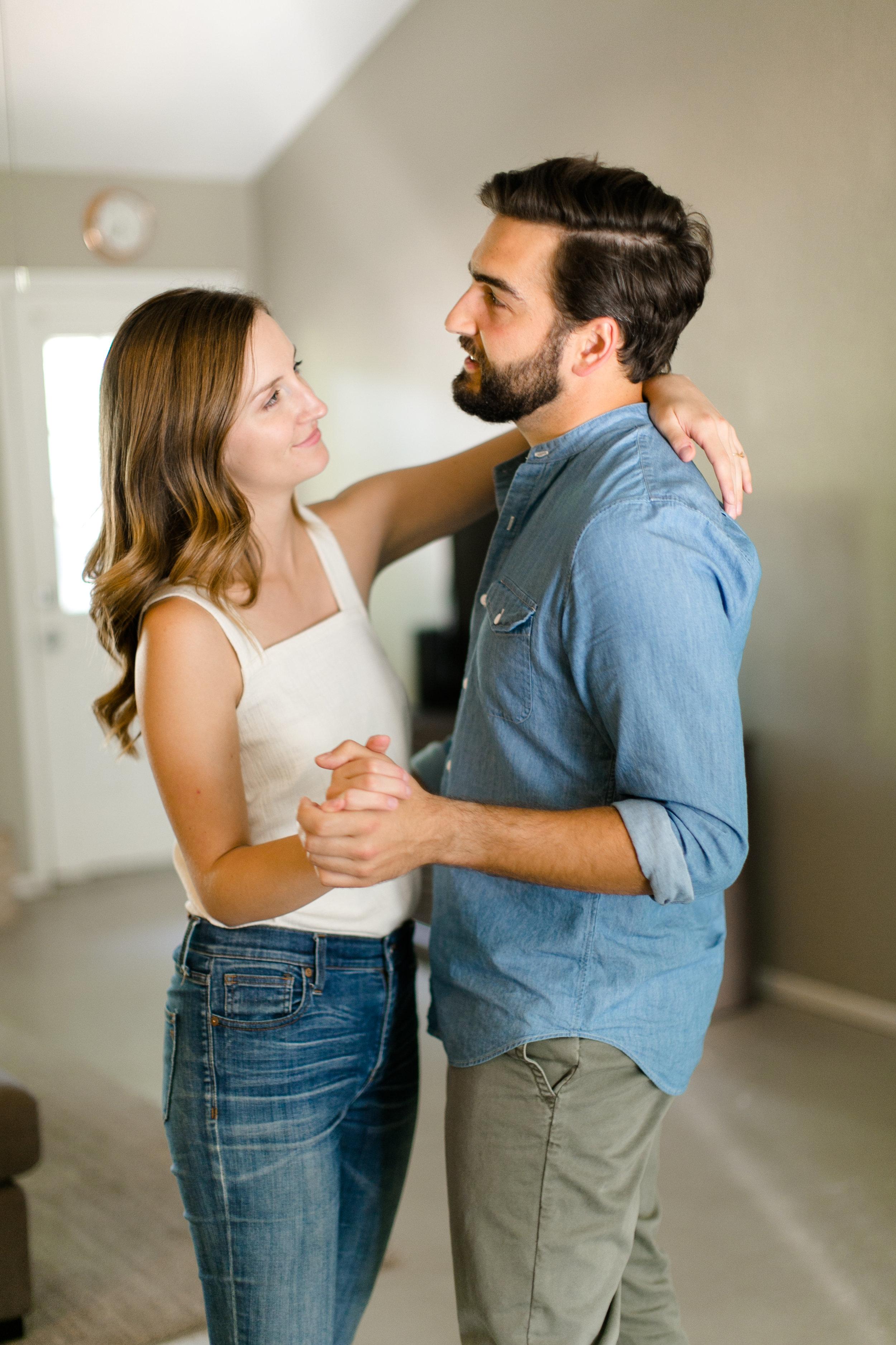 Austin-Texas-Wedding-Photographers-home-lifestyle-engagement-session-21.jpg
