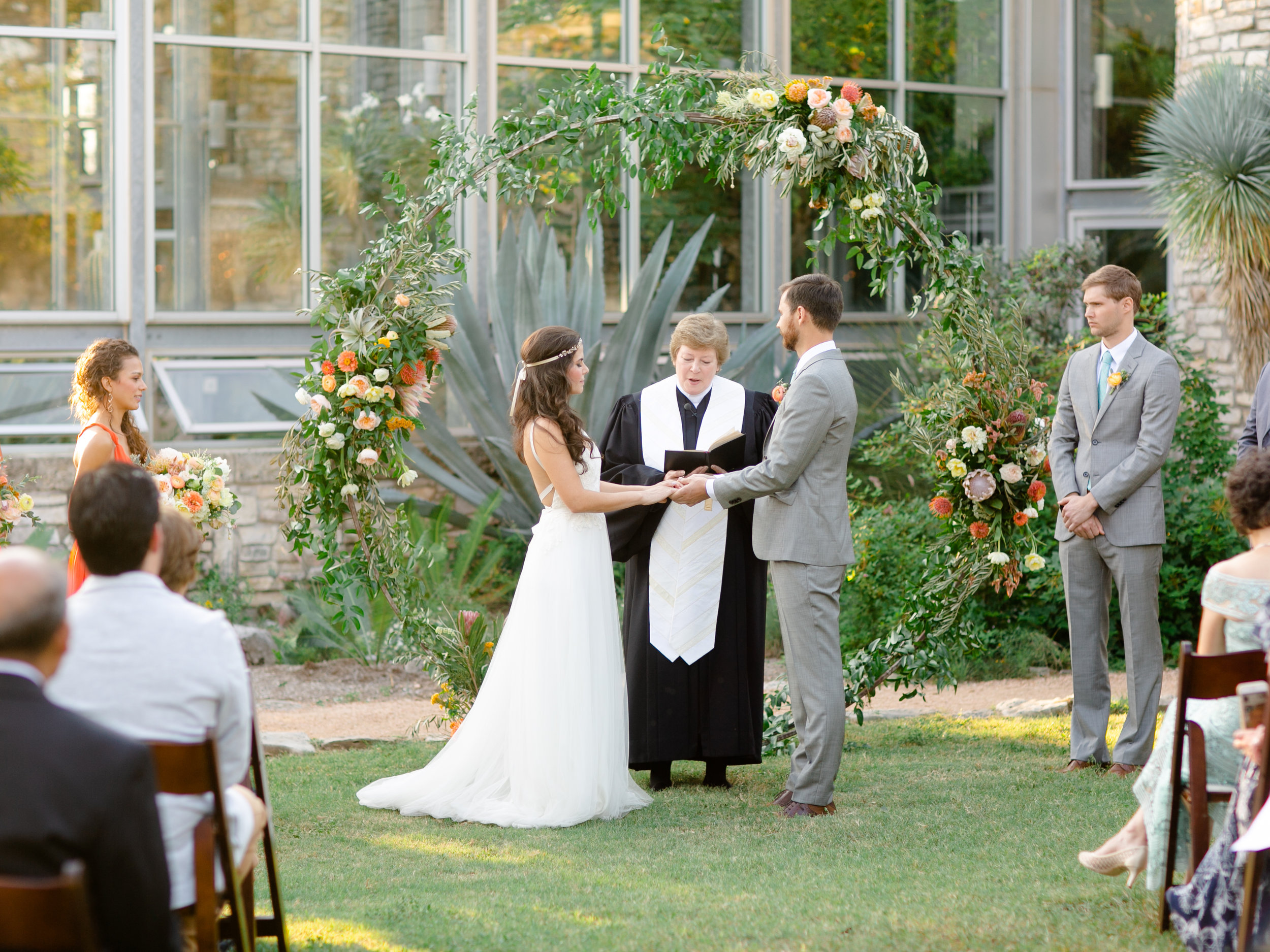 Best-Austin-Denver-California-Wedding-Photographer-Greenhouse-Driftwood25.jpg
