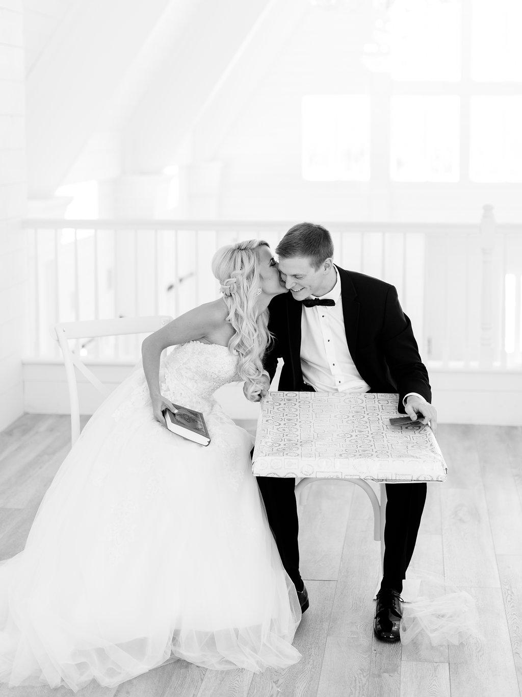 Best-Austin-Denver-California-Wedding-Photographer-Nest-Ruth-Farms-19.jpg