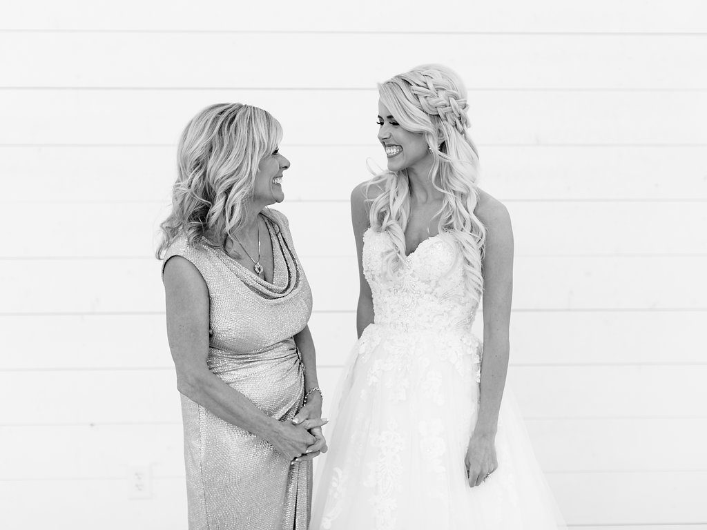 Best-Austin-Denver-California-Wedding-Photographer-Nest-Ruth-Farms-20.jpg