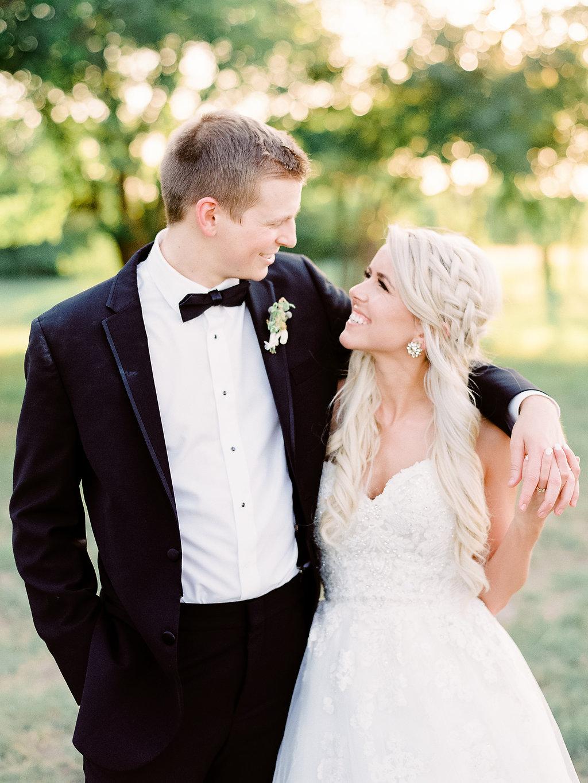 Best-Austin-Denver-California-Wedding-Photographer-Nest-Ruth-Farms-39.jpg