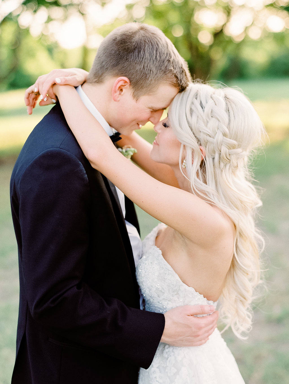 Best-Austin-Denver-California-Wedding-Photographer-Nest-Ruth-Farms-41.jpg