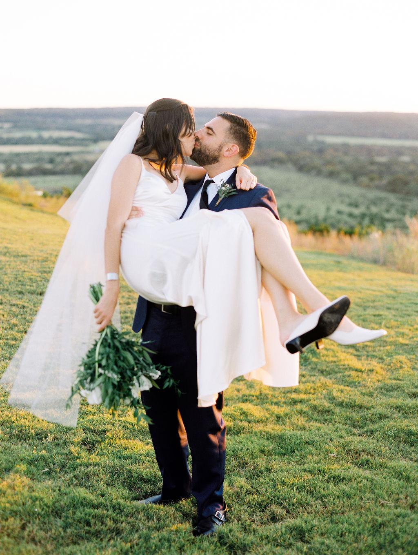 Austin-Film-Wedding-Photographer-Contigo-Ranch-Modern-113.jpg