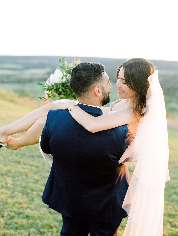 Austin-Film-Wedding-Photographer-Contigo-Ranch-Modern-114.jpg