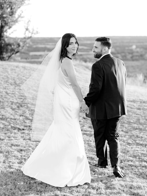 Austin-Film-Wedding-Photographer-Contigo-Ranch-Modern-115.jpg