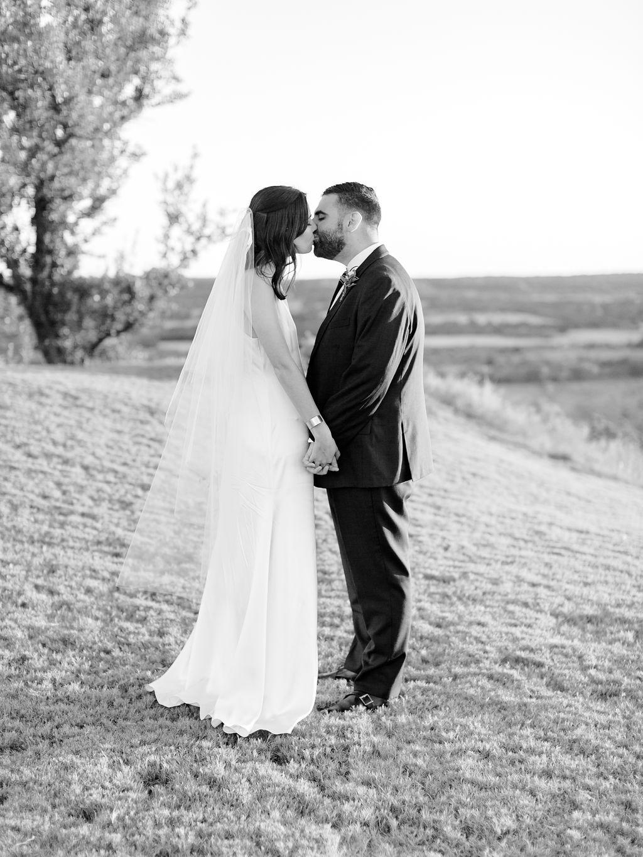 Austin-Film-Wedding-Photographer-Contigo-Ranch-Modern-118.jpg