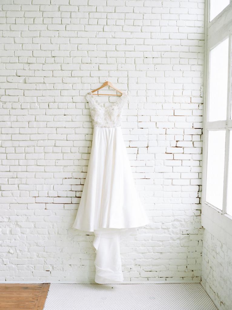 Austin-Texas-Wedding-Photographer-Film-Hybrid-One-Eleven-East-Hutto-7.jpg