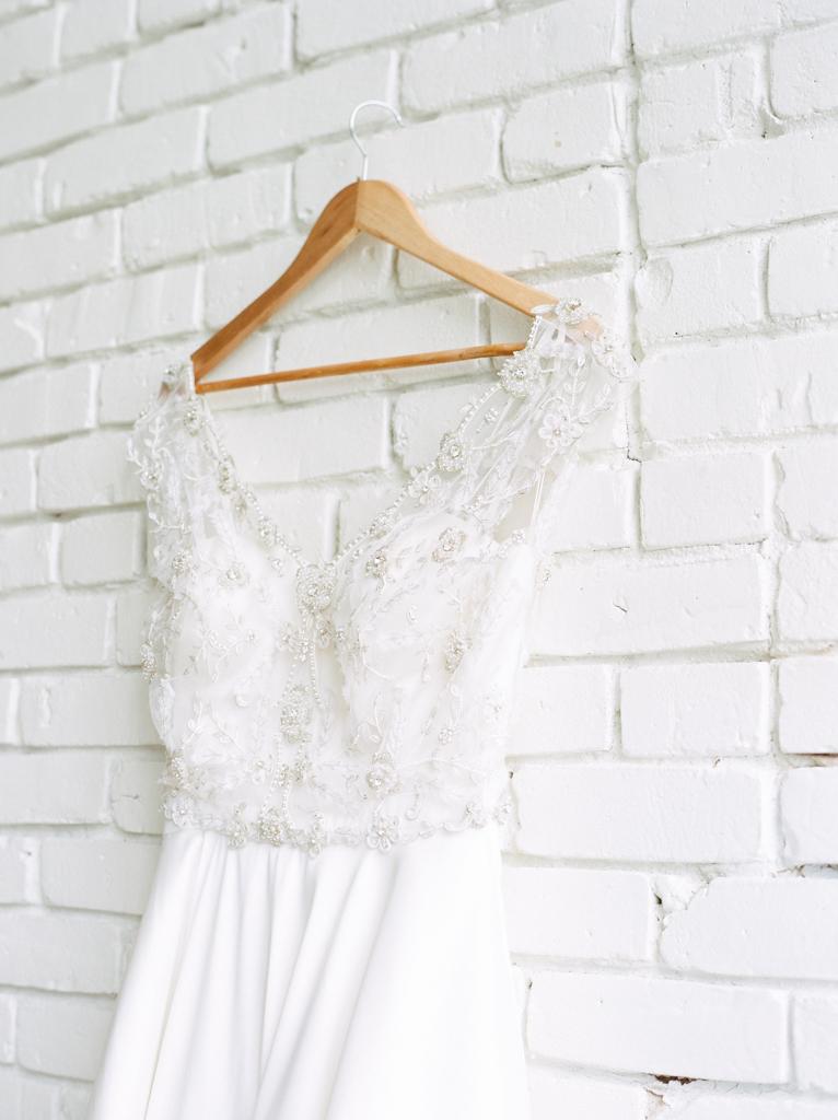 Austin-Texas-Wedding-Photographer-Film-Hybrid-One-Eleven-East-Hutto-8.jpg