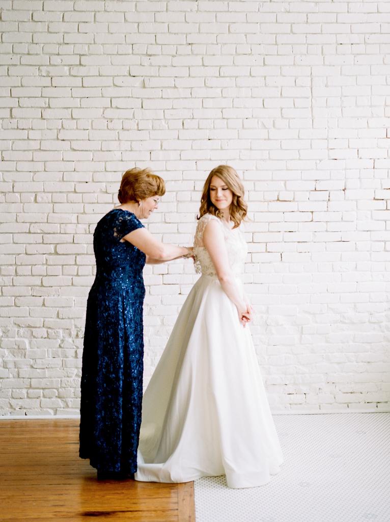 Austin-Texas-Wedding-Photographer-Film-Hybrid-One-Eleven-East-Hutto-10.jpg