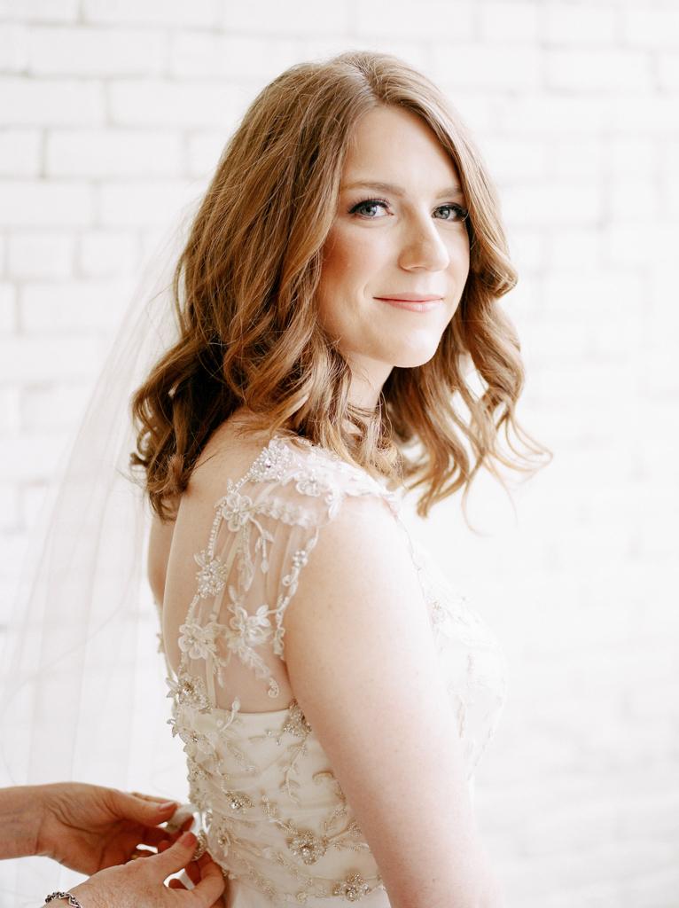 Austin-Texas-Wedding-Photographer-Film-Hybrid-One-Eleven-East-Hutto-13.jpg