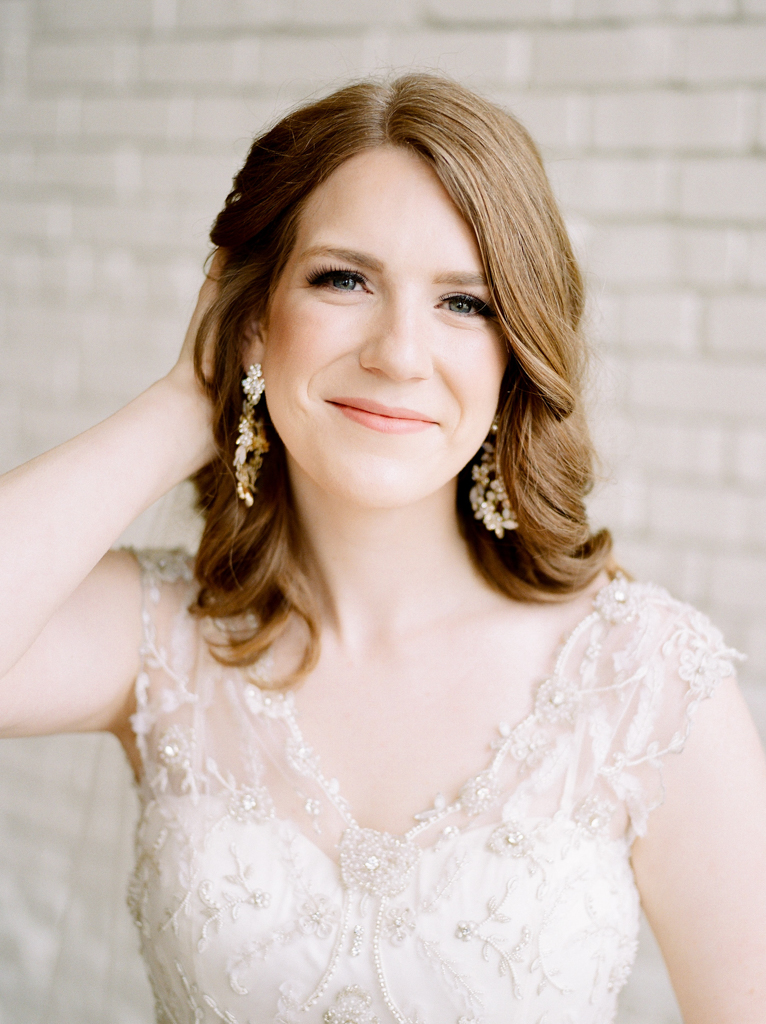 Austin-Texas-Wedding-Photographer-Film-Hybrid-One-Eleven-East-Hutto-14.jpg
