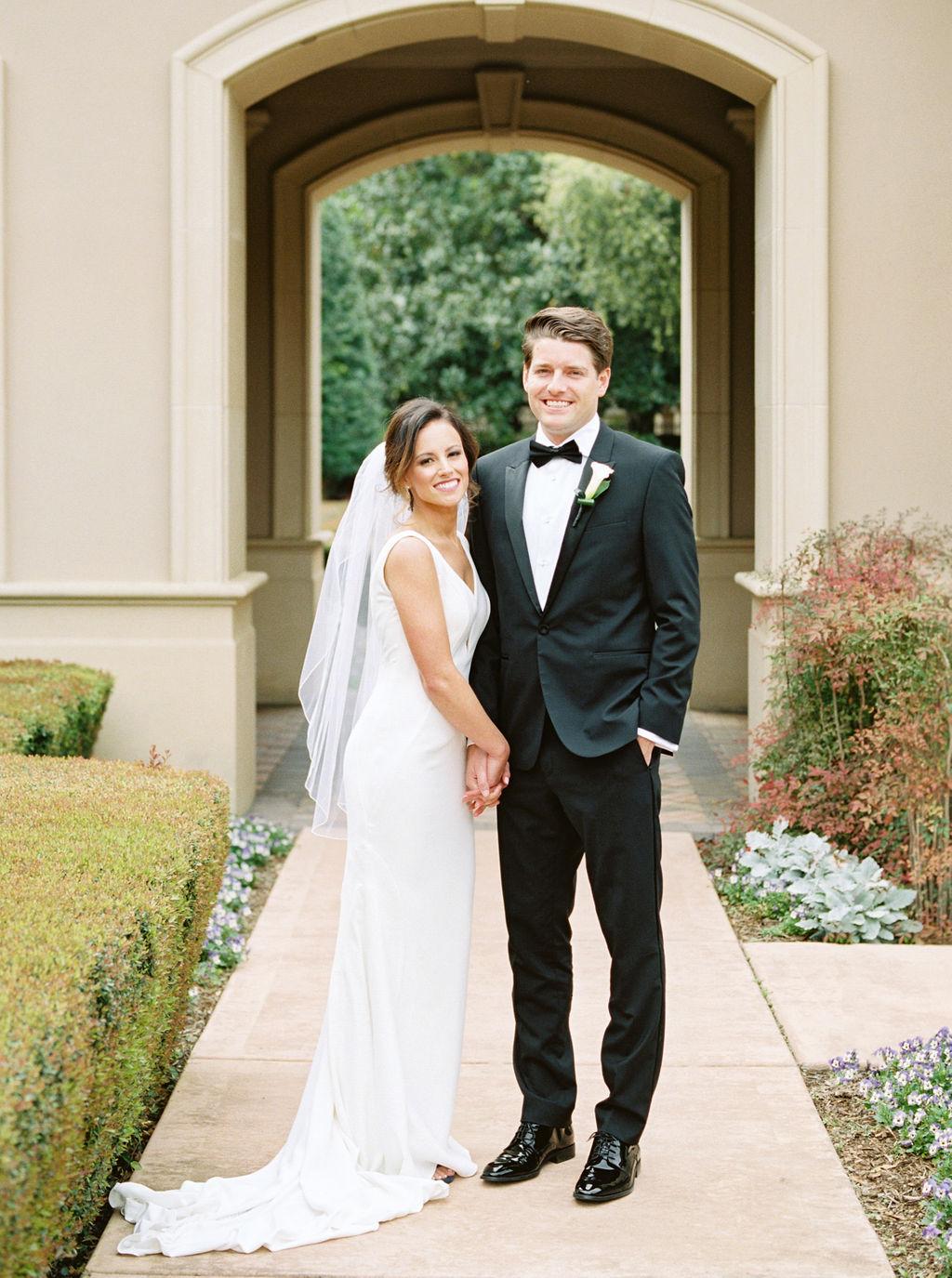 Austin-Film-Wedding-Photographer-Royal-Oaks-Country-Club-13.jpg