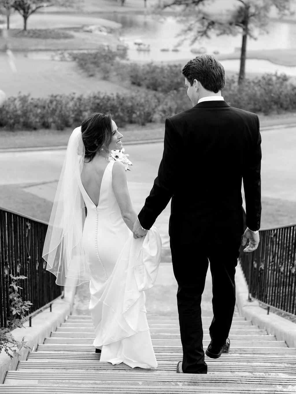 Austin-Film-Wedding-Photographer-Royal-Oaks-Country-Club-40.jpg