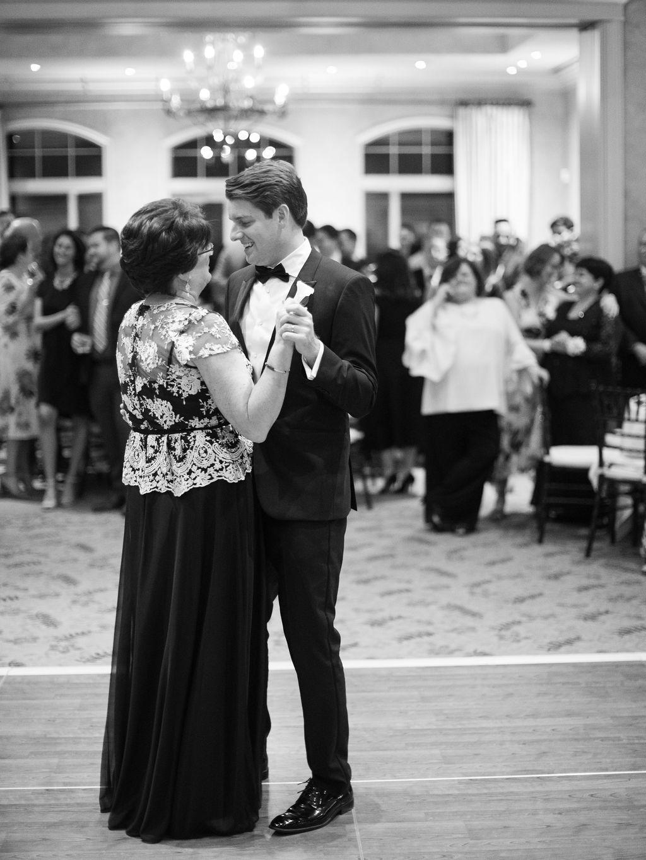Austin-Film-Wedding-Photographer-Royal-Oaks-Country-Club-59.jpg