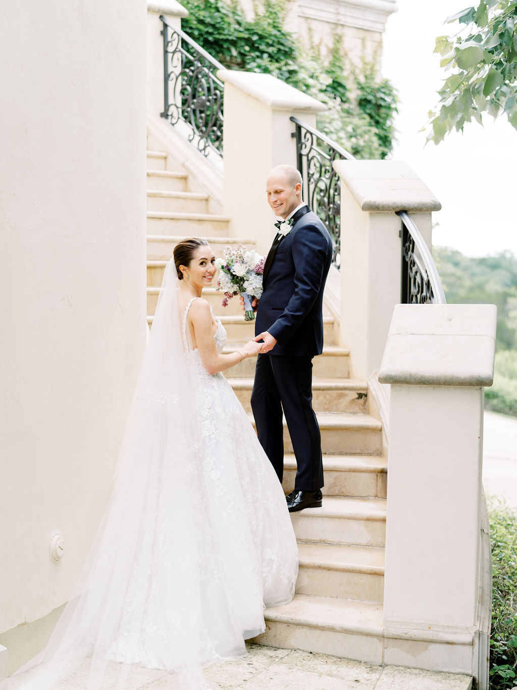 Best-Austin-Destination-Intimate-Wedding-Elopement-Photograper-Photographers-Villa-Del-Lago-75.jpg