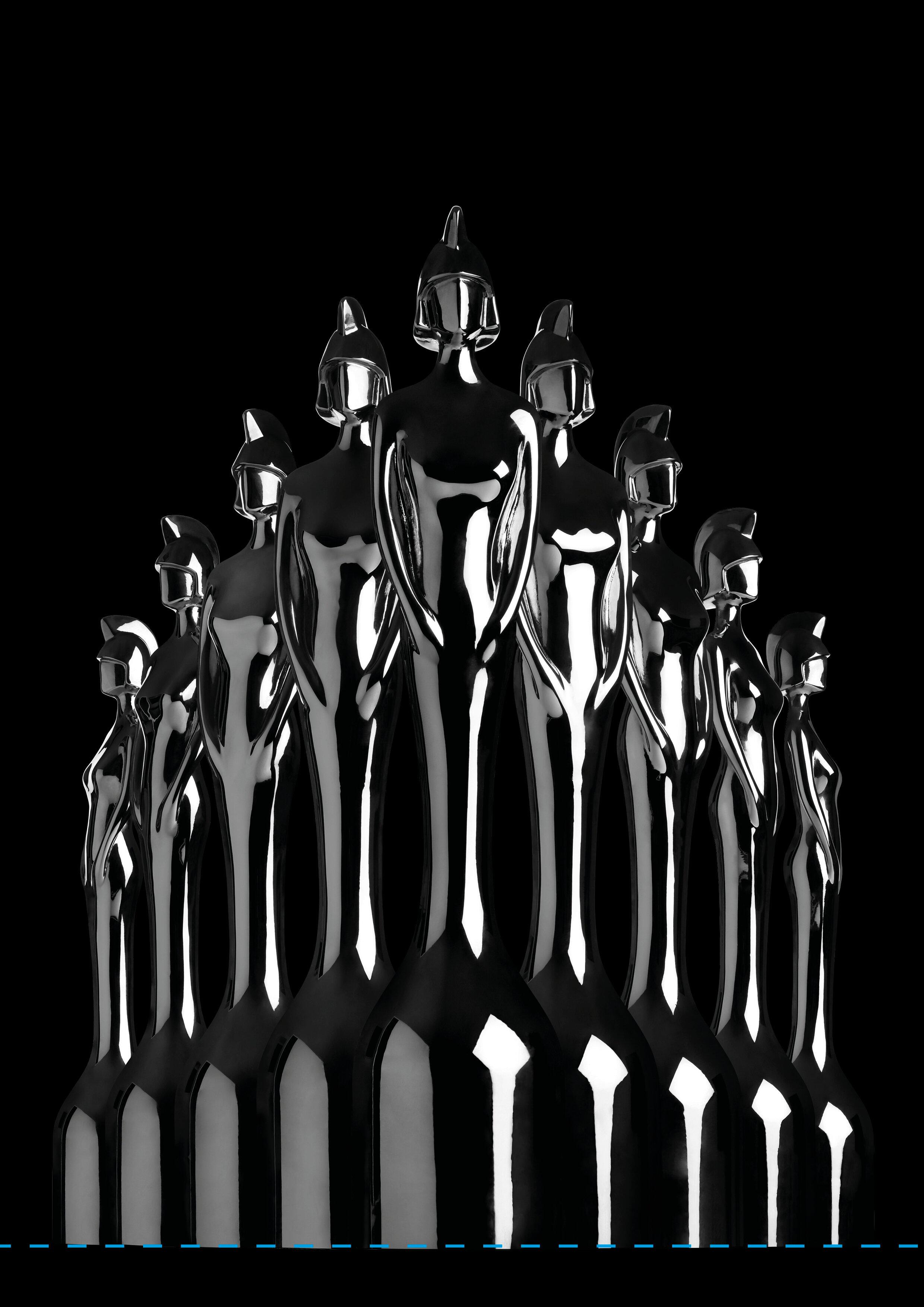 Full length trophy group