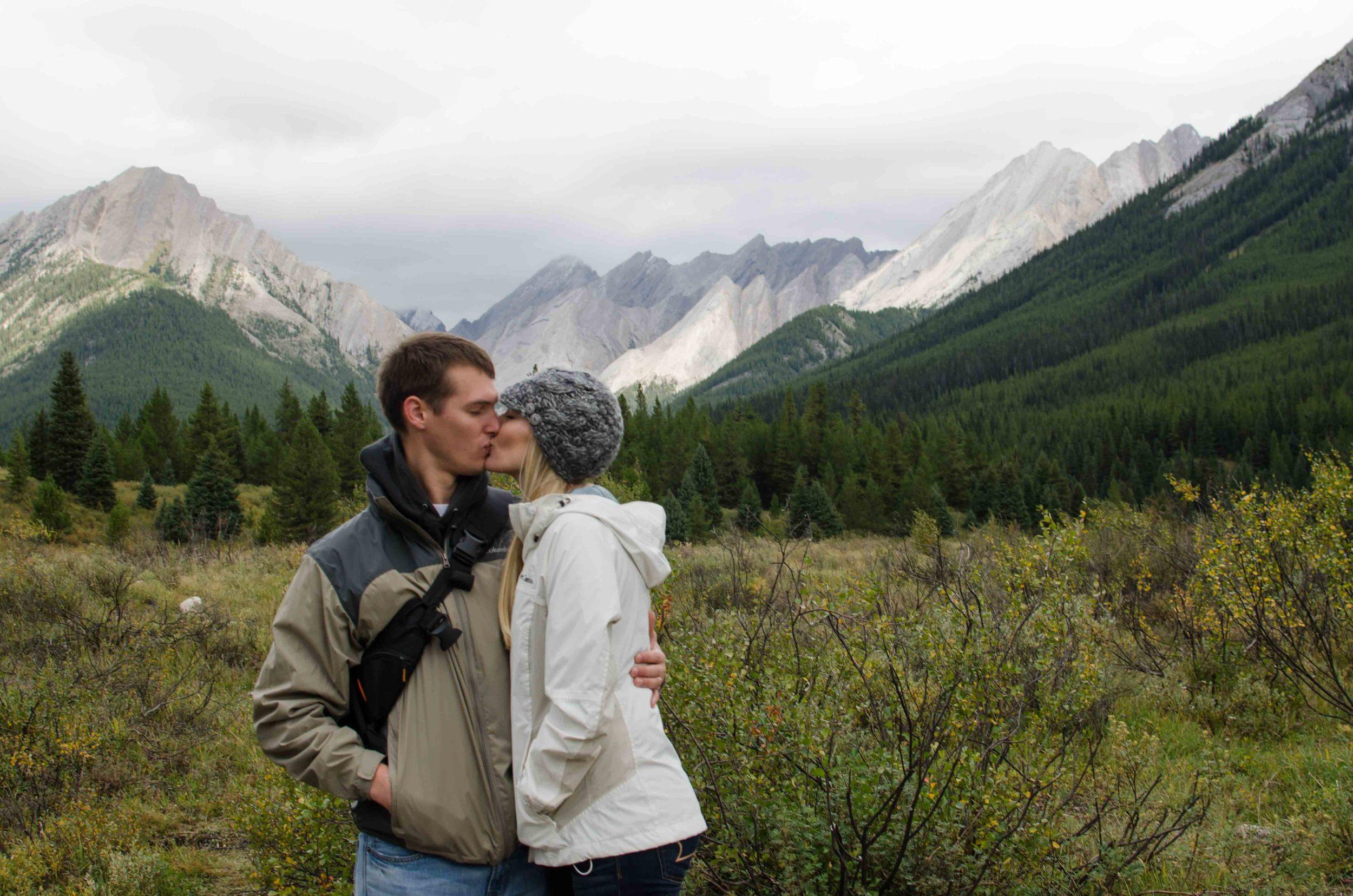 Banff-Inkpots-Hike-Kiss-Mountains-Canada.jpg