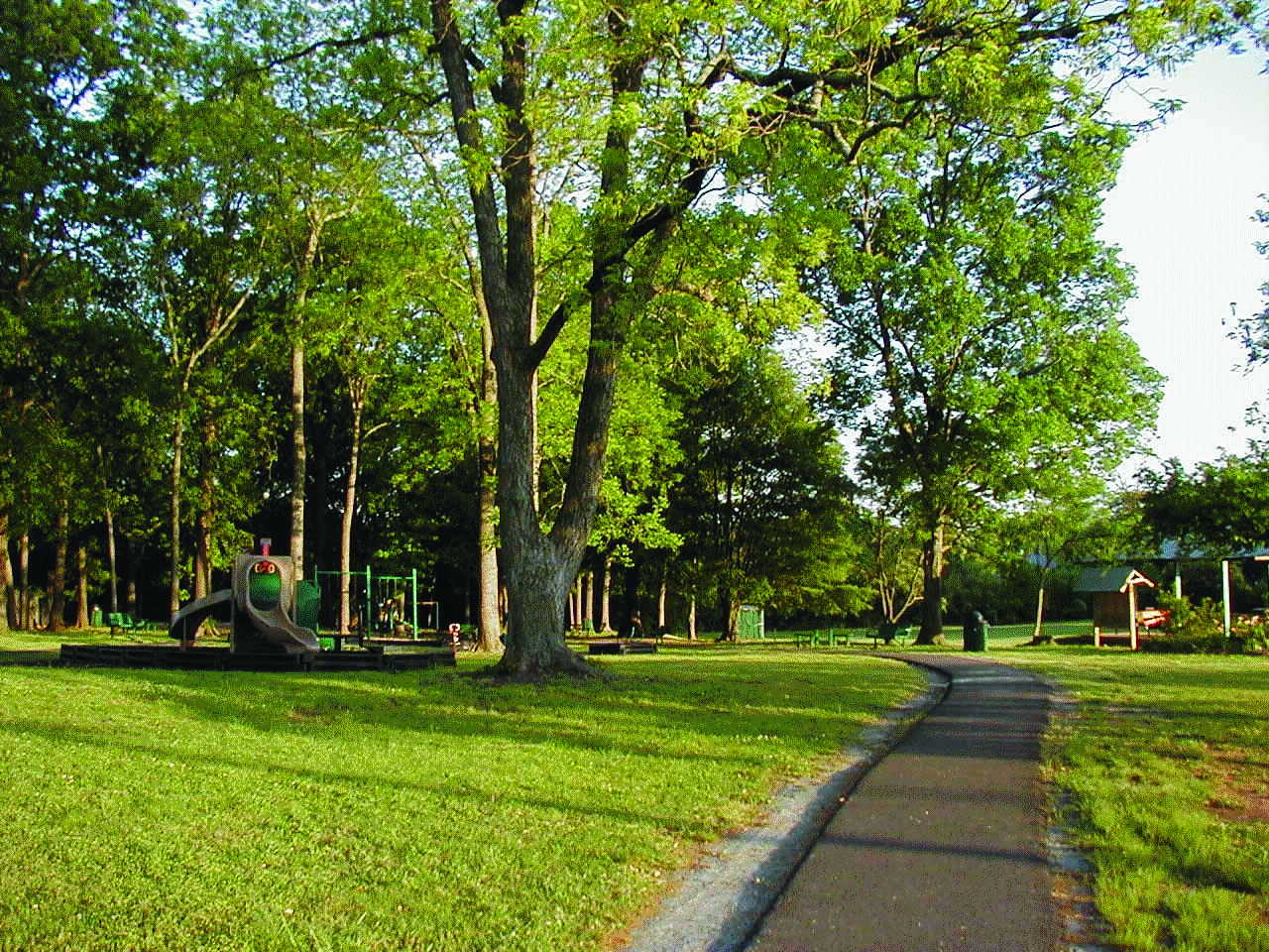 Located on Magnolia Avenue, a three-acre park with swing sets, slides, and other playground equipment.  A large covered shelter is available for community functions. Beautiful oak trees provide shade and beauty to this lovely landscaped site.     To rent the Pavilion contact  Fiely Novilla: 864-223-8431 ext. 234