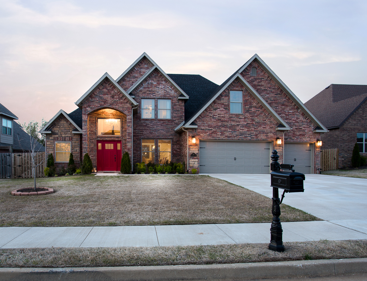 Twilight real estate photo of home in Quailridge community of Be