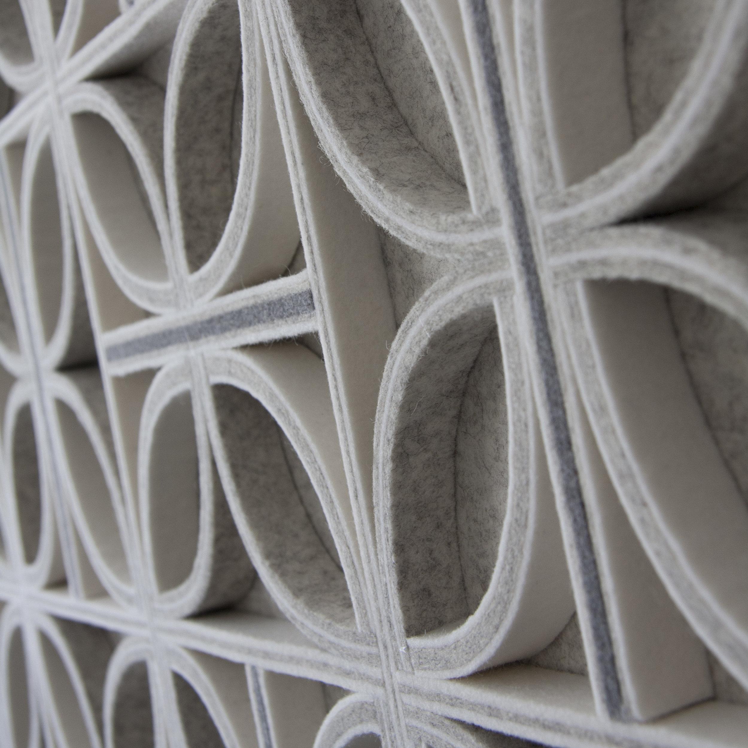 Diade Wall Panel - White / Gray