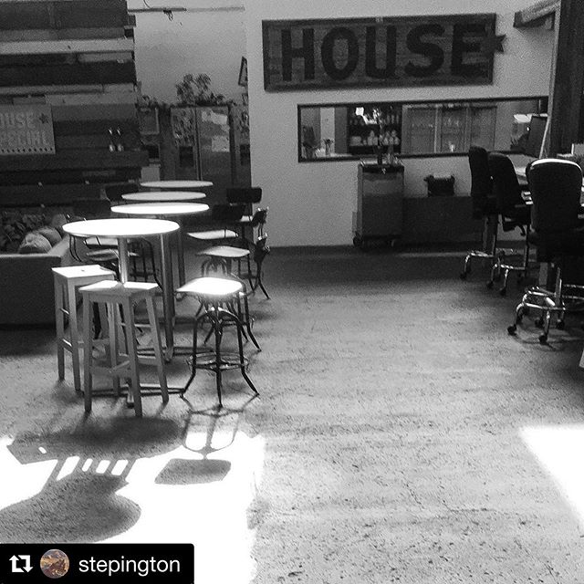 From the POV of @stepington ・・・ #housespecial #sunlight #wednesday #itsapoundsign