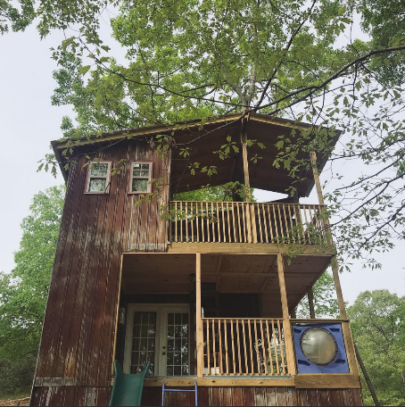 Whimsical TreeLodge - $90 a night (open for summer season)4 guests + kids room, private full bath and kitchennette. 1 bed, 1 sofa bed. 2 porch sitting areas, a firepit and a swing.Click here for Airbnb listing for booking!