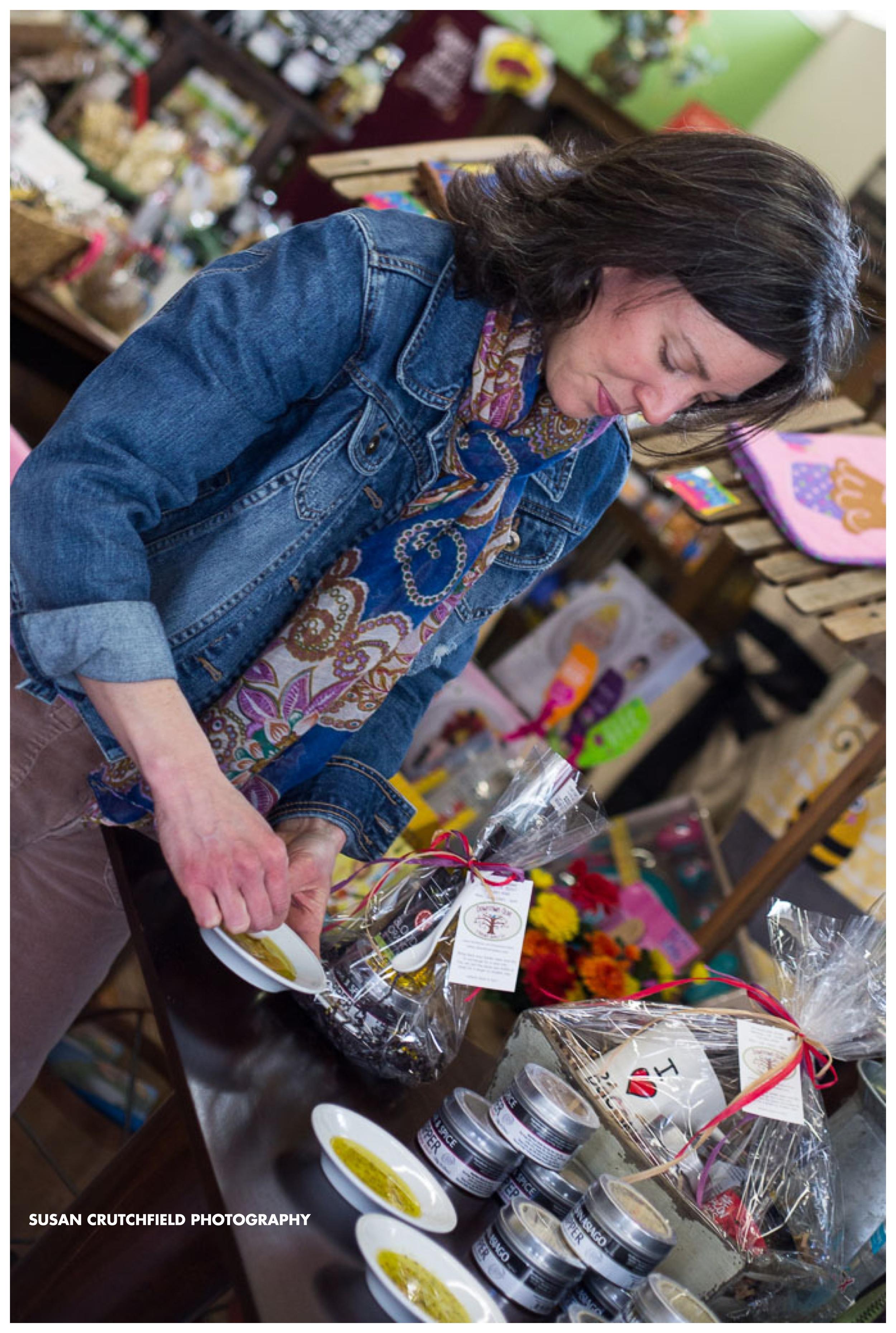 Downtown Olive & Kitchen Supply Co. Newnan, GA Photo © 2015 Susan Crutchfield Photography