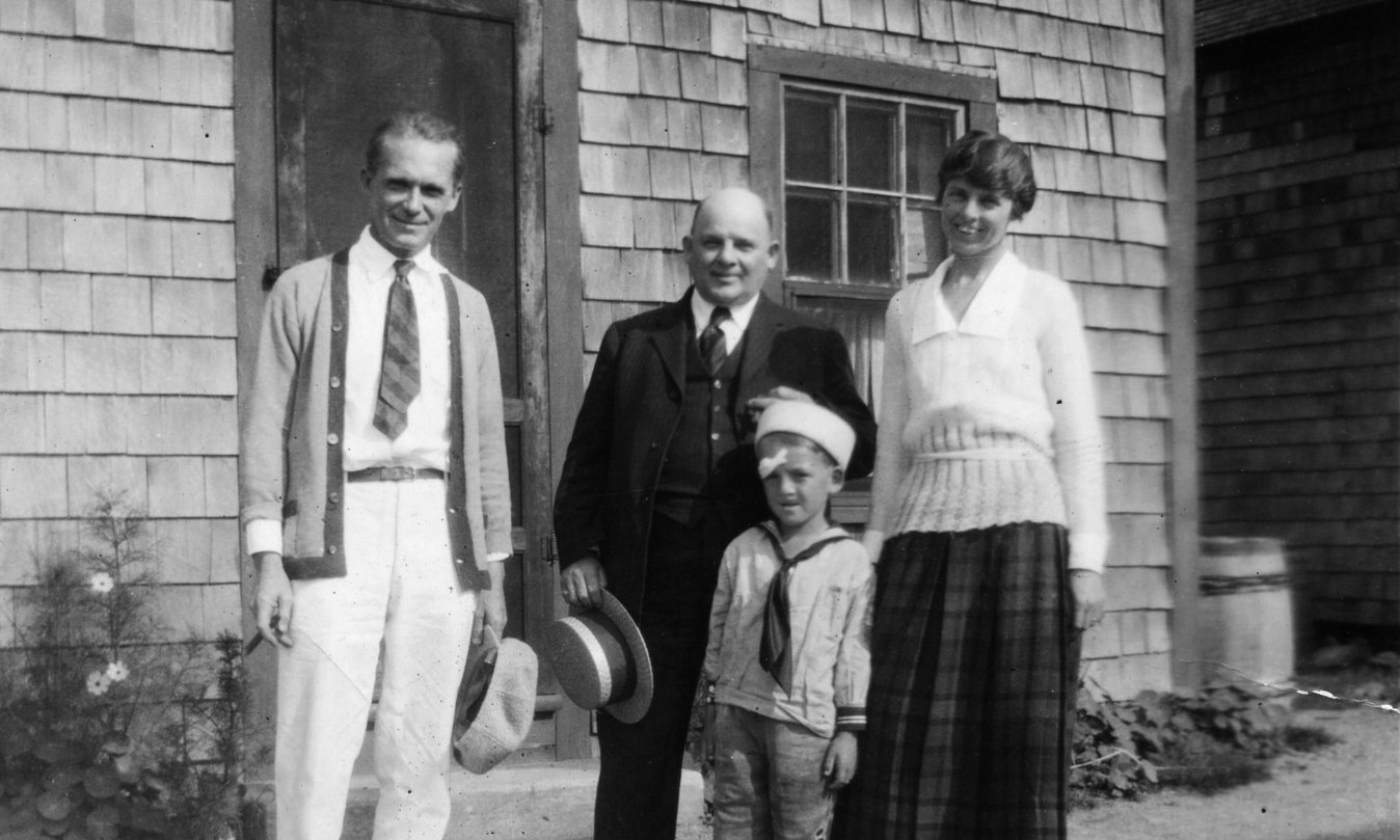 Photograph of John Kraushaar with Gifford and Maude Beal, Bearskin Neck, Rockport