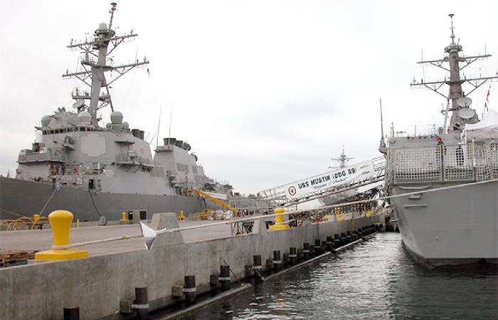 US-Navy-Pier-1---web.jpg
