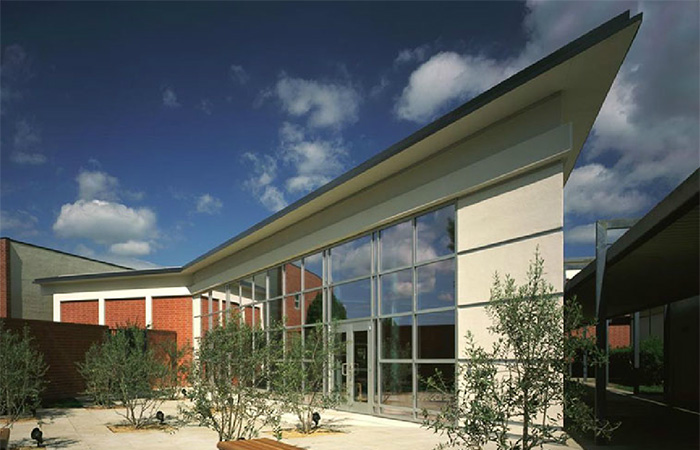 De-La-Salle-Library-1---web.jpg