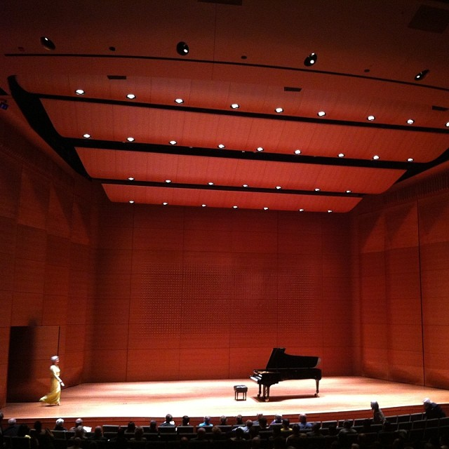 #jung-jaKim at #averyfisherhall #piano #concert (at Lincoln Center for the Performing Arts)