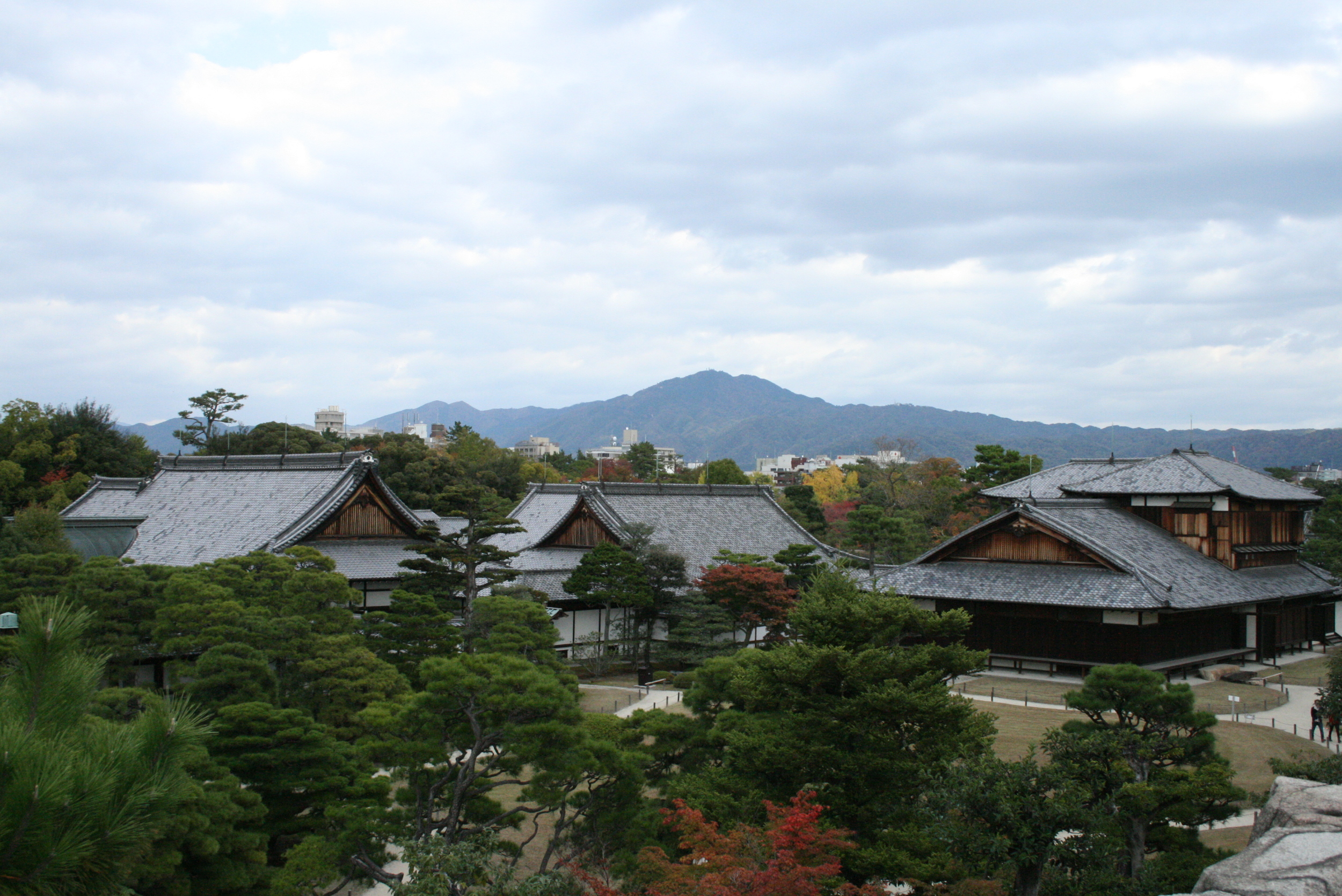 Nijo-jo in Kyoto, Japan // via Jitney's Journeys