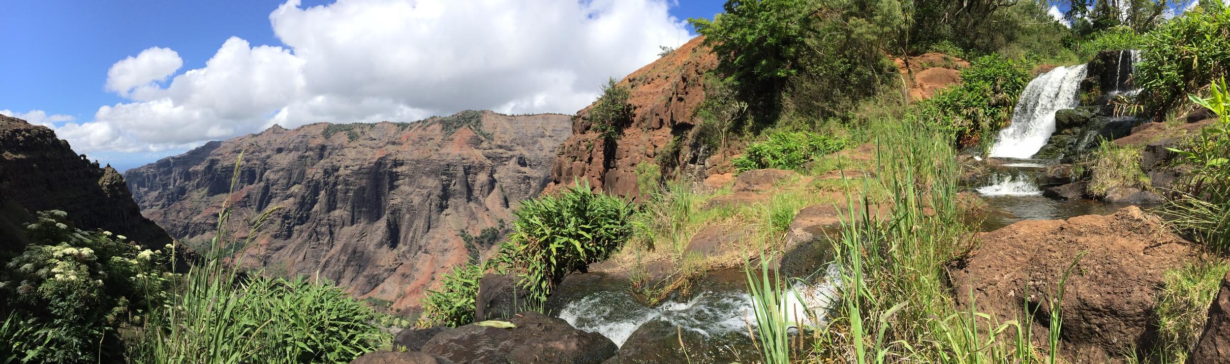 Waimea Canyon // Kauai, Hawaii via Jitney's Journeys