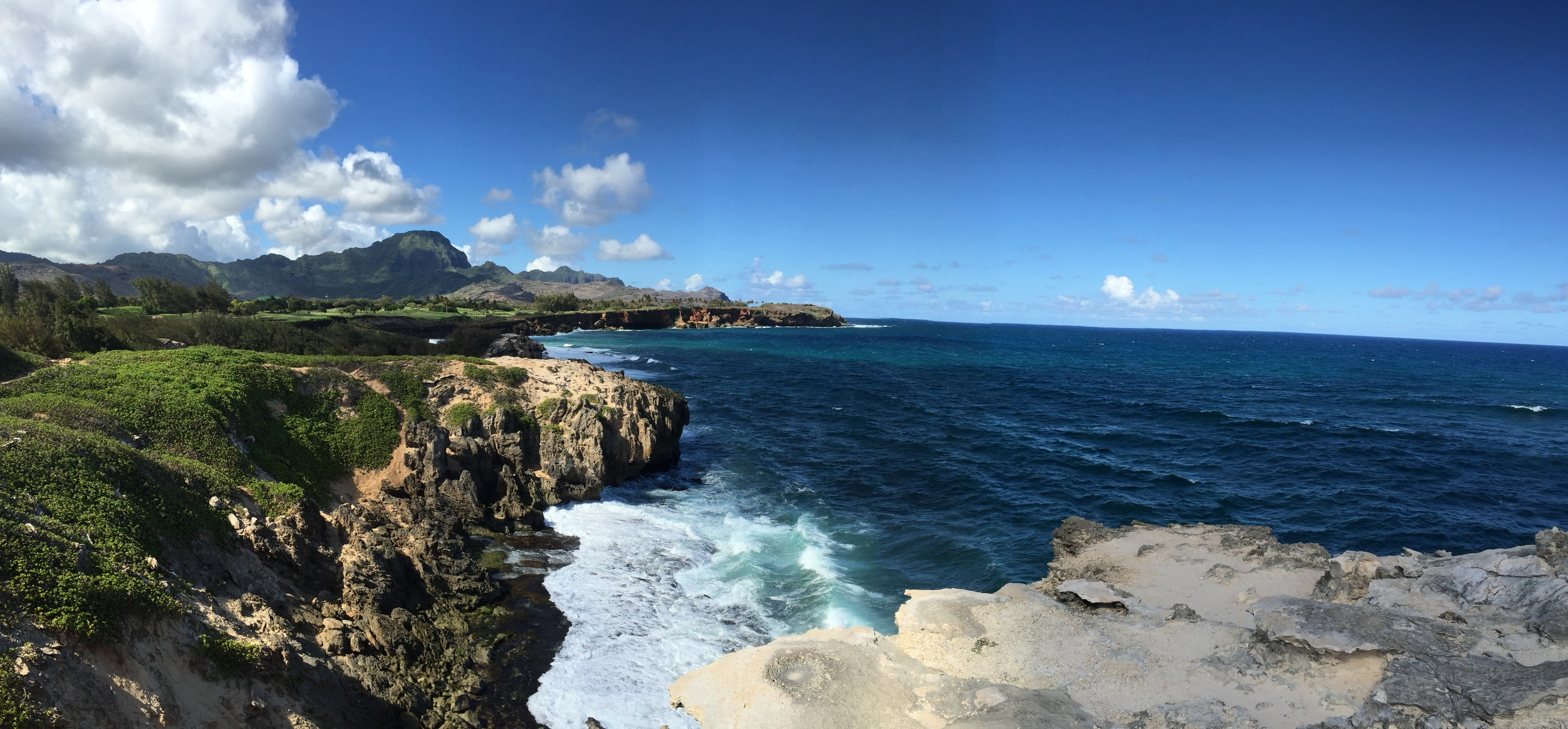 Maha'ulepu Heritage Trail in Poipu // Trail Hike in Kauai, Hawaii // via Jitney's Journeys