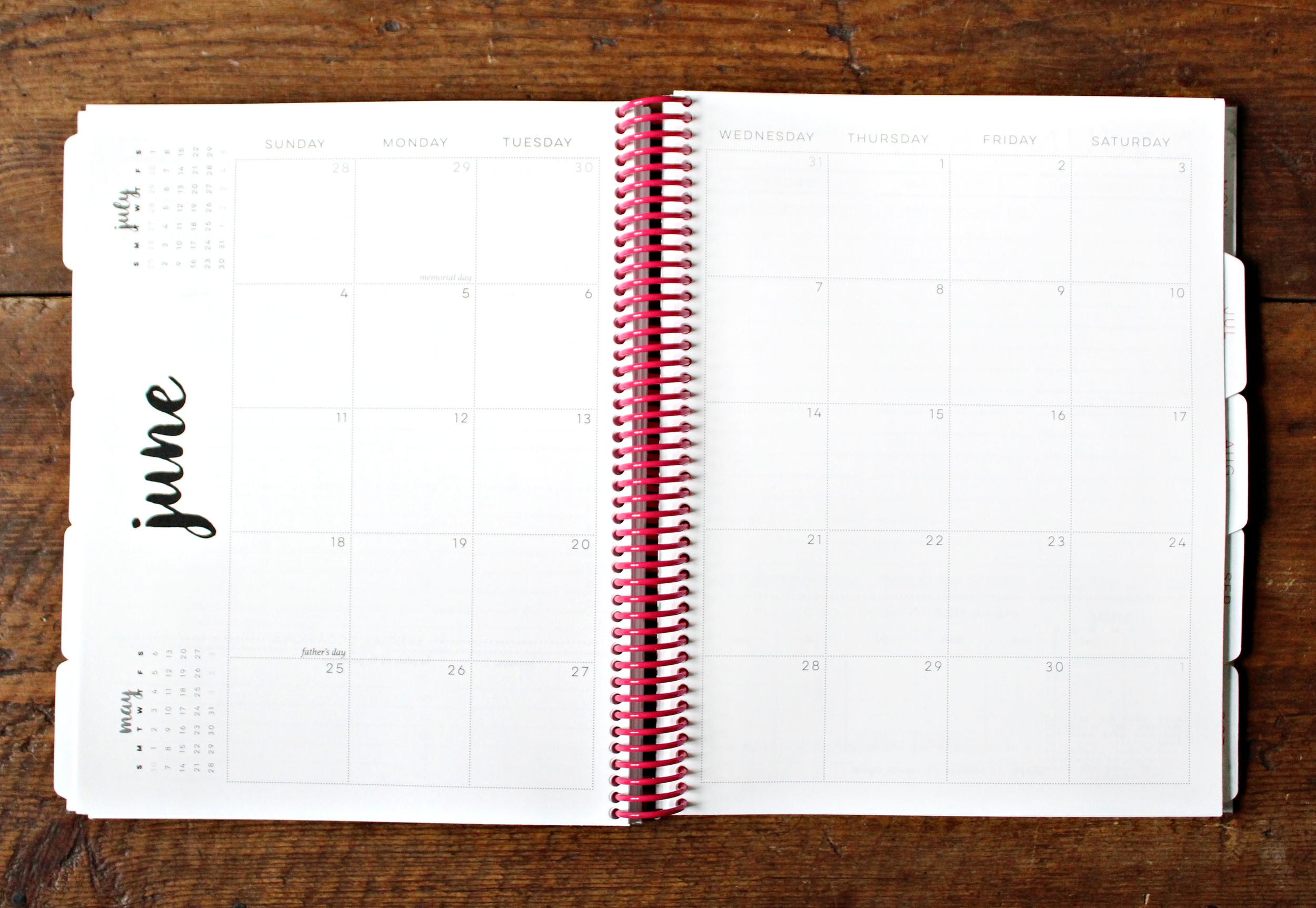 Planner // 2017 Agenda // Large Monthly Calendar via Jitney's Journeys