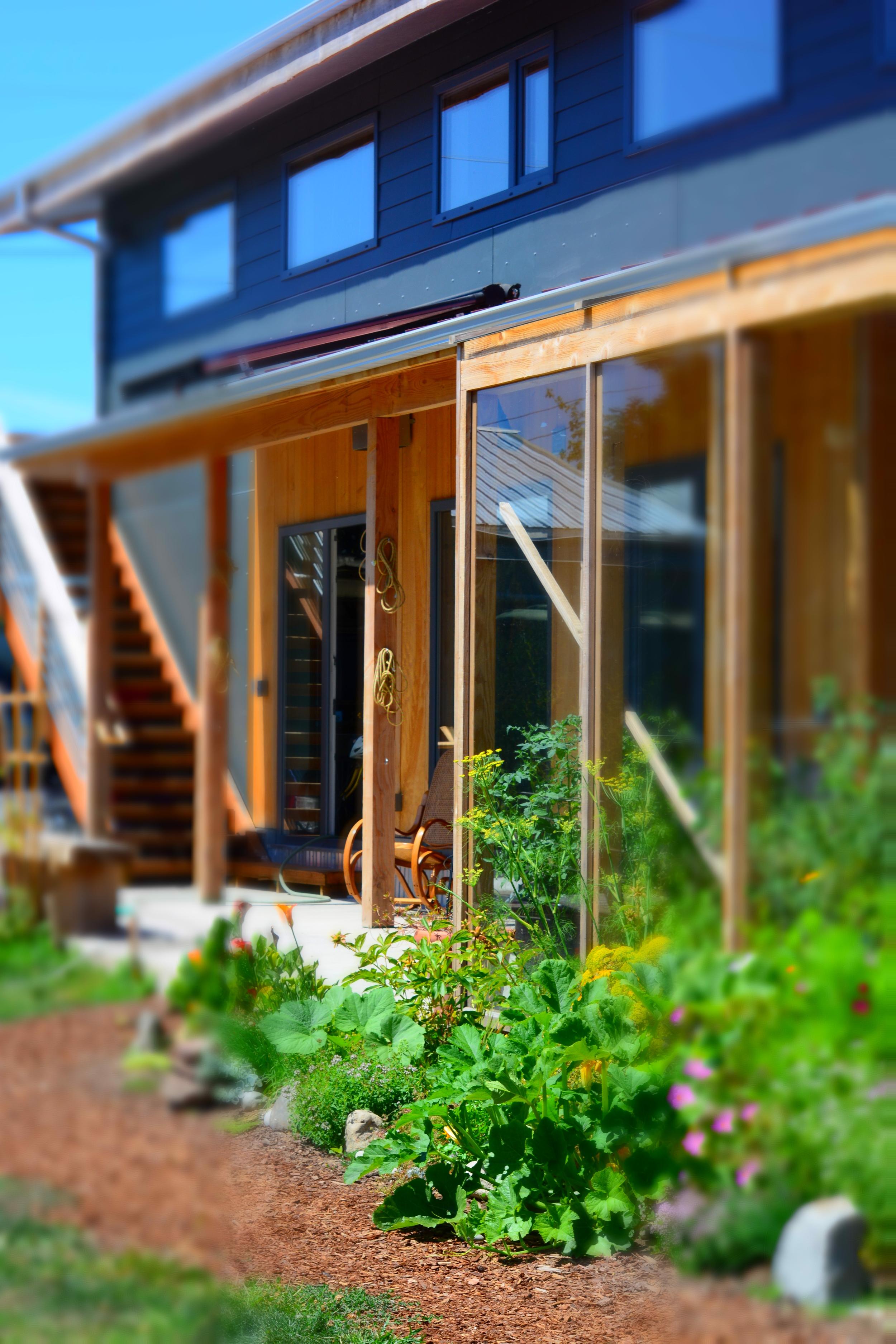 01 sunny exterior.jpg