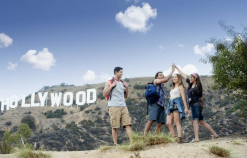 TasteMakers Research Group conducts consumer product testing year round near the iconic Hollywood sign at Los Angeles's popular Runyon Canyon park. This famous destination draws hundreds of locals and tourists daily to exercise, refresh, socialize and take in sweeping city views.