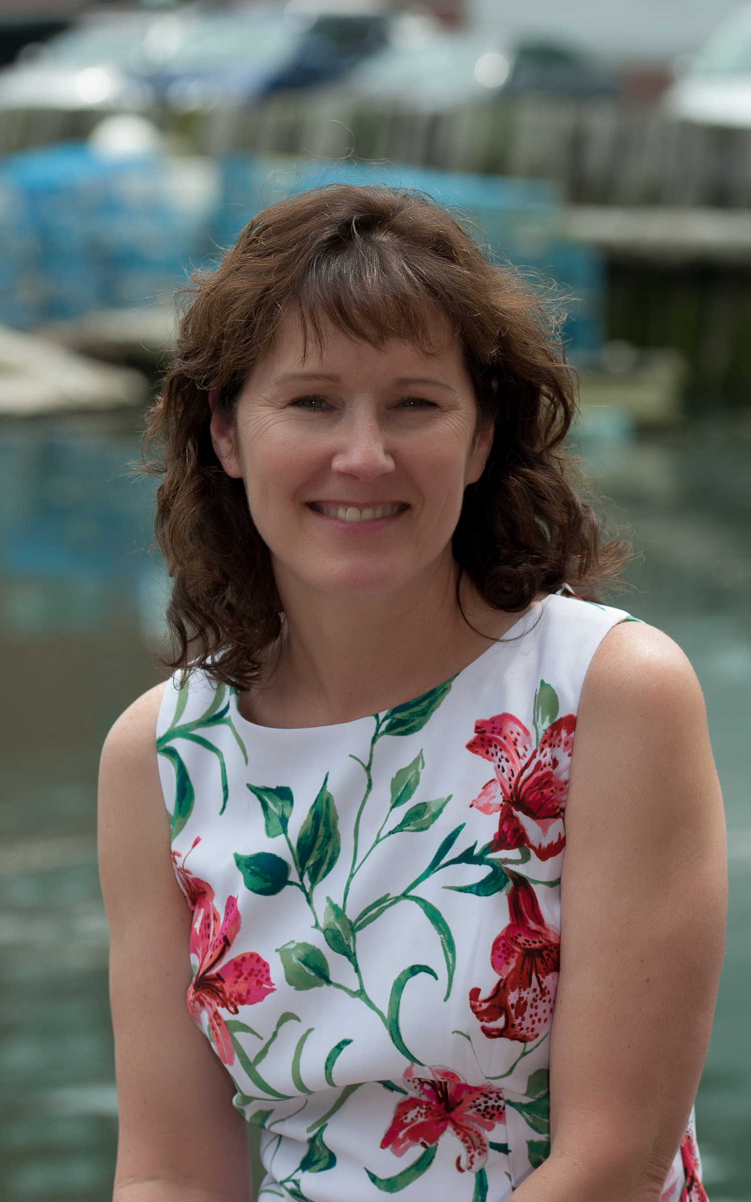 Traci has worked with Doug and Ben since June, 1986. She is the office manager at Kaplan & Grant and also performs paralegal duties for both Doug 's and Ben's clients. She spends her free time playing golf during the summer and cross-country and downhill skiing during the winter.