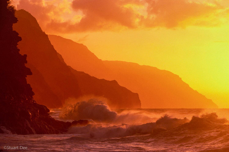 Na Pali Coast and waves, Kauai, Hawaii, USA