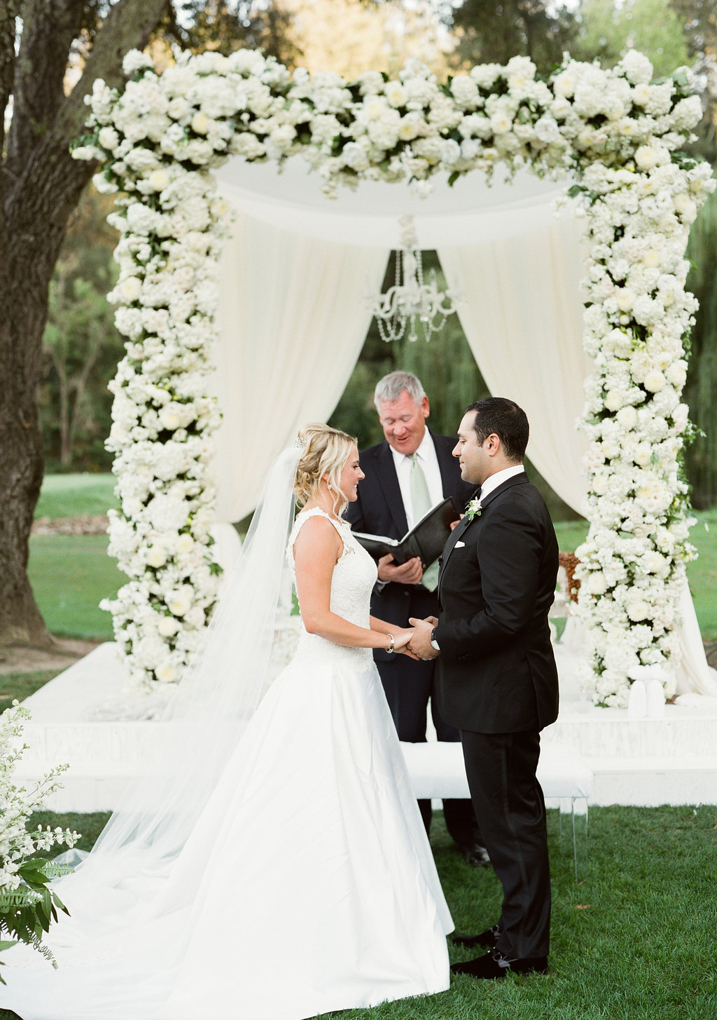 Katlin&Nawder-Ceremony-LindsayMaddenPhotography-85.jpg